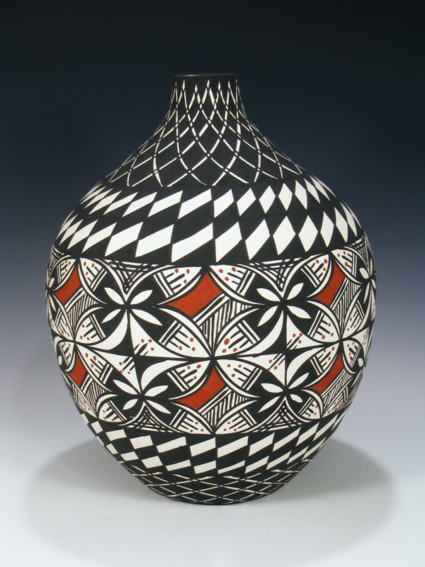 Acoma Pueblo Pottery Hand Painted Seed Pot Vase