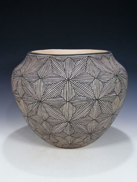Acoma Pueblo Hand Coiled Eye Dazzler Pottery Bowl