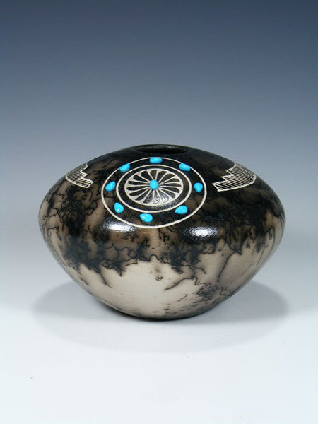 Navajo Etched Horsehair Pottery Seed Pot