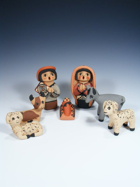 Jemez Pueblo Pottery 7 Piece Nativity Storyteller Set