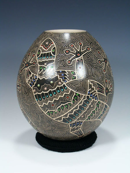Mata Ortiz Hand Coiled Etched Gecko Lizard Pottery