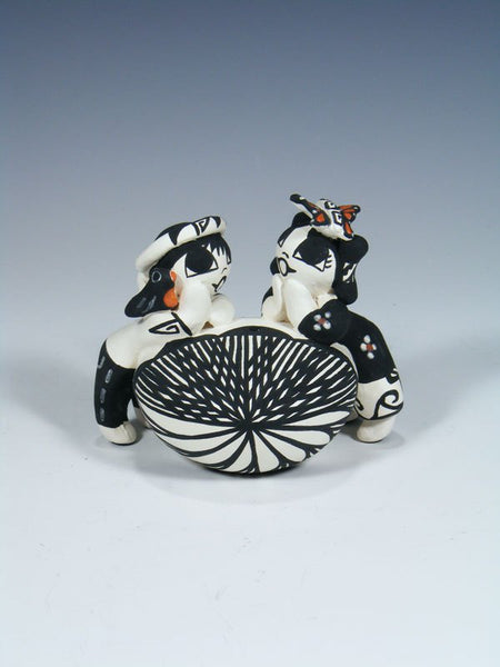 Acoma Pueblo Hand Made Pottery Storyteller Seed Pot