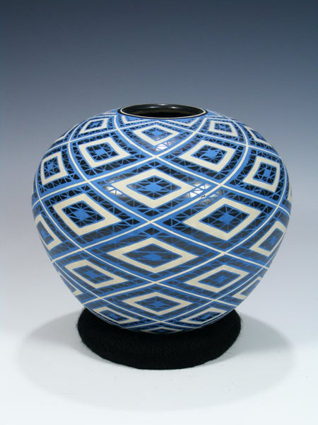 Mata Ortiz Hand Made Geometric Design Pottery