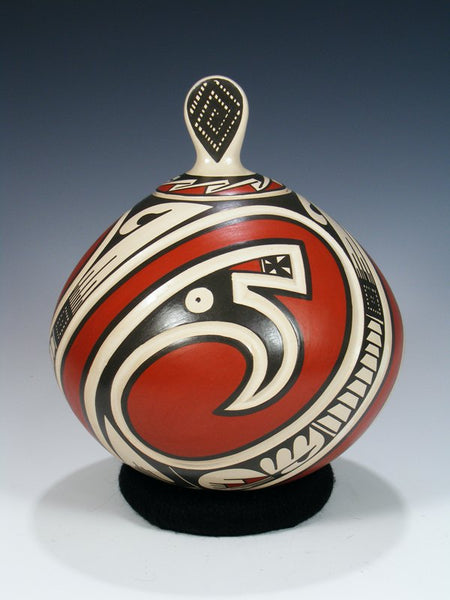 Mata Ortiz Hand Coiled Pottery with Lid