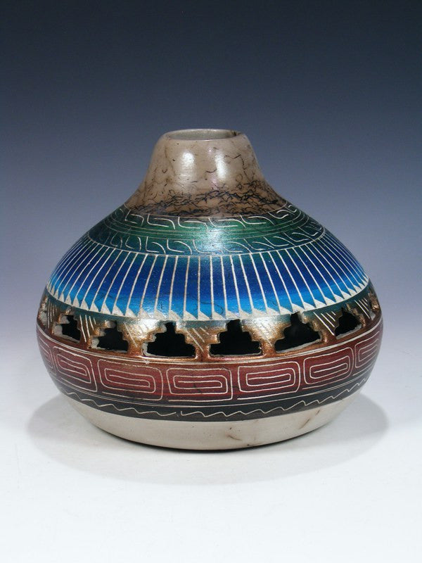 Etched Navajo Horsehair Pottery