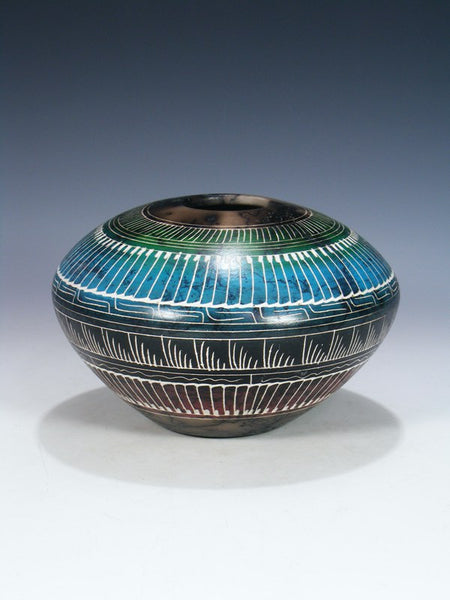 Etched Pueblo Horsehair Pottery Seed Pot