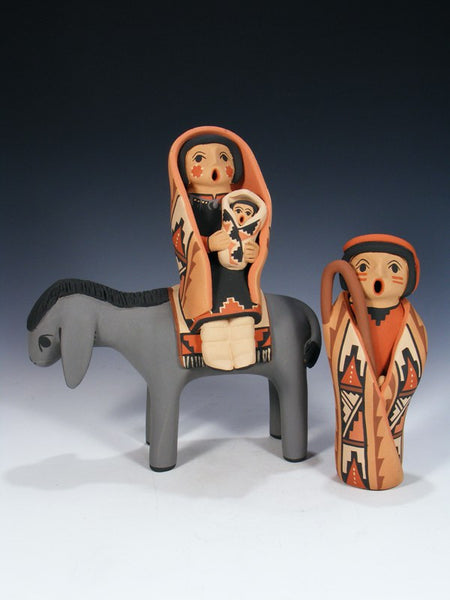 Jemez Pueblo Pottery Flight To Egypt Set