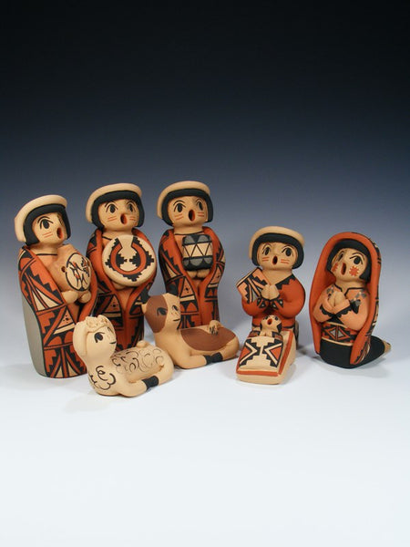 Jemez Pueblo Pottery 8 Piece Nativity Storyteller Set