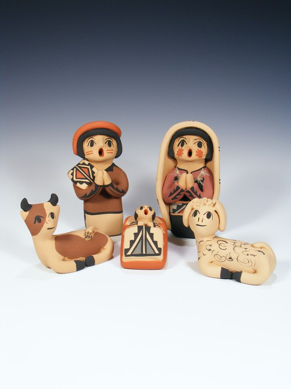 Jemez Pueblo Pottery 5 Piece Nativity Storyteller Set