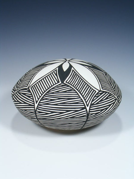 Acoma Pueblo Hand Coiled Fine Line Pottery Seed Pot