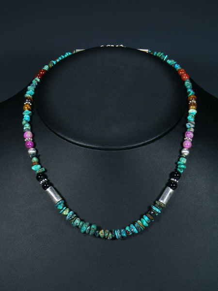 "18"" Turquoise and Onyx Single Strand Necklace"