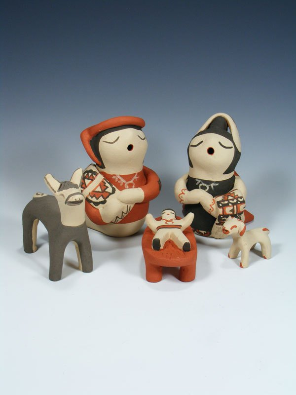 Jemez Pueblo Pottery Storyteller Figure Nativity Set