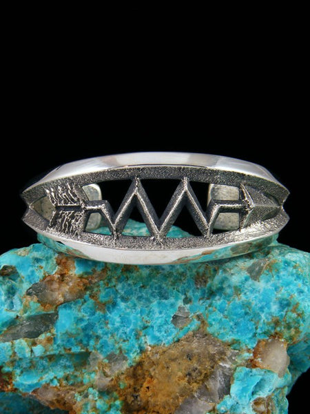 Native American Sterling Silver Sandcast Arrow Bracelet