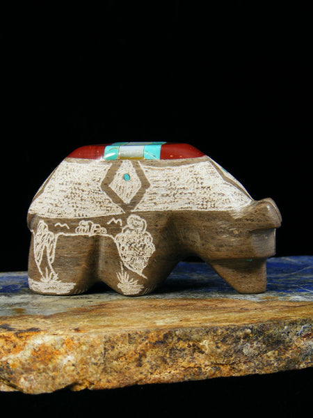 Etched Marble Medicine Bear Zuni Fetish