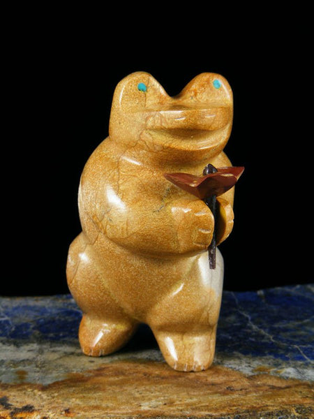 Travertine Frog Zuni Fetish