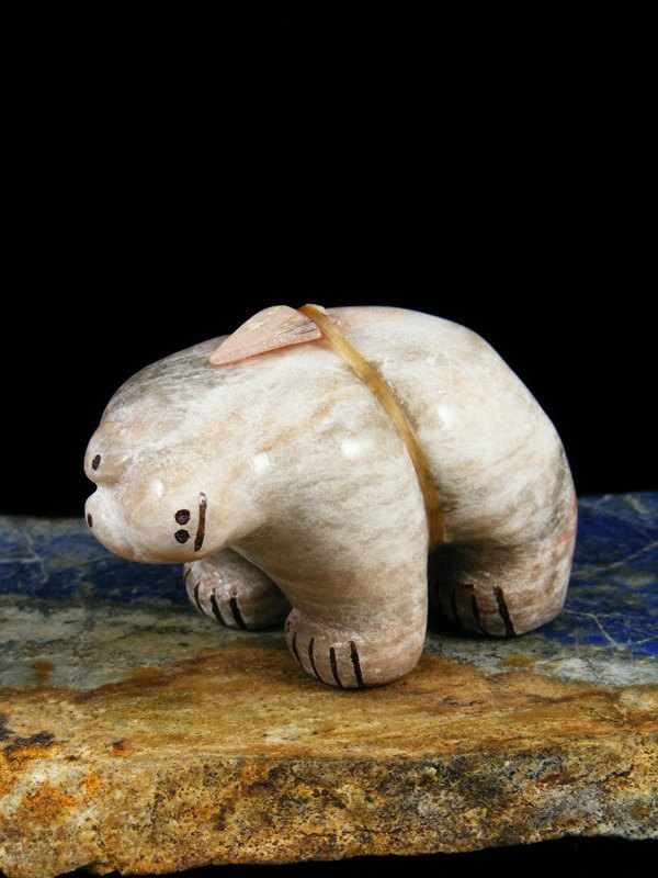 Alabaster Bear Zuni Fetish