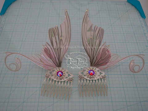 Aphrodite 5 inch Pastel Lilac Fairy Wing Hair Combs with Silver Veins