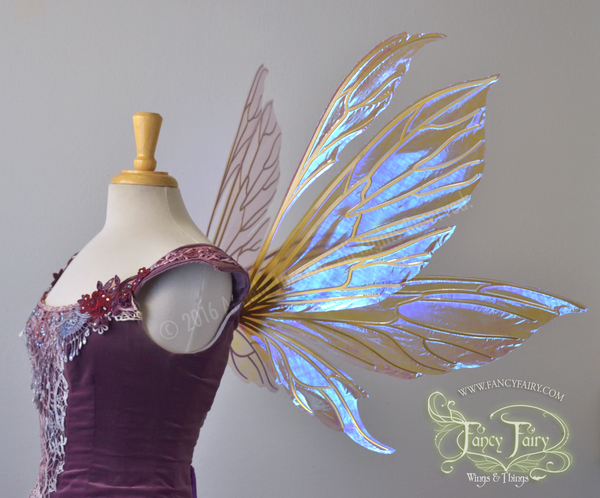 Aynia Iridescent Fairy Wings in Lilac with Gold veins
