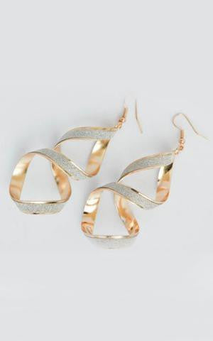 Miss Golden Twist Earrings