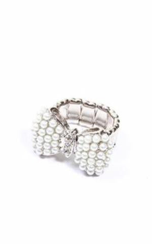 Miss Pearl Bow Ring