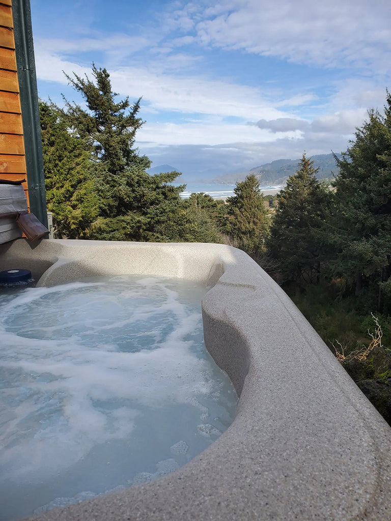 The Lighthouse Cottage – Gold Beach