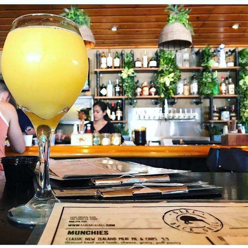 Bare Back Grill: breakfast brunch and mimosas