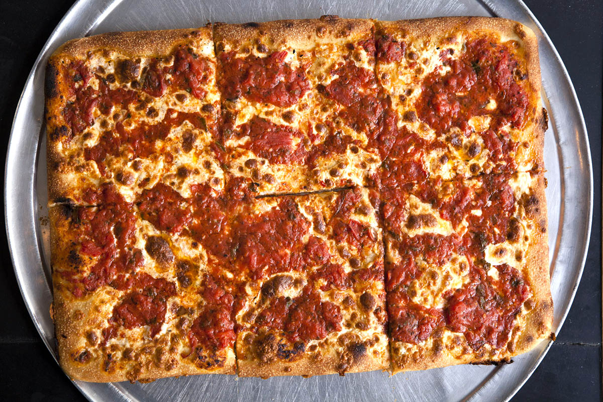 Best Authentic NYC Pizza: Best Pizza in Williamsberg