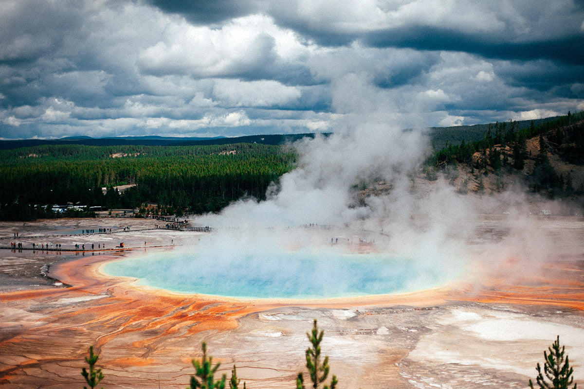 Best Fall Travel Destinations: Yellowstone National Park