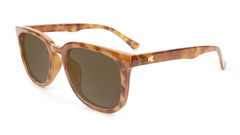 Light tortoise sunglasses with square amber lenses