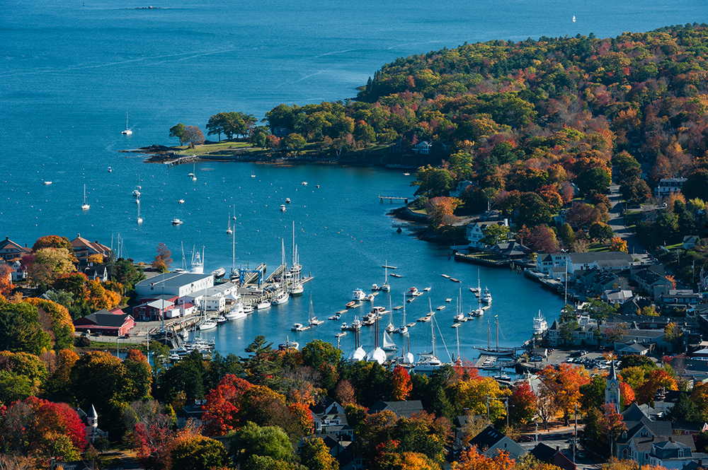 9 Top Beach Towns in the U.S. - Blue Hill