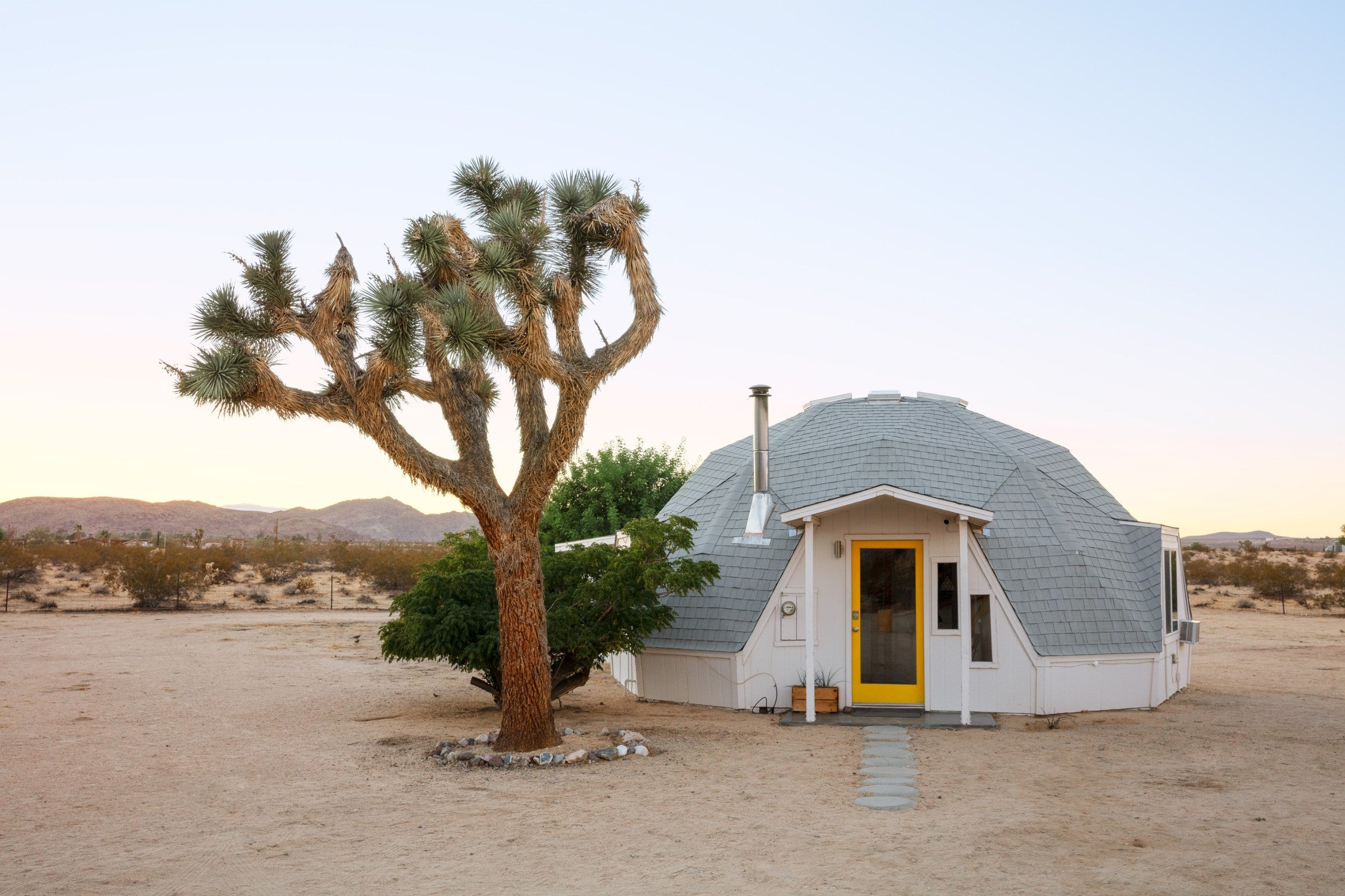 Dome in the Desert in Joshua Tree - Aribnb