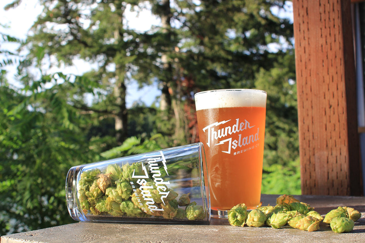 Best Oregon Breweries: Thunder Island Brewing