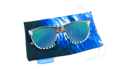 Knockaround Discovery Shark Premiums, Pouch