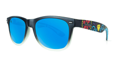 Knockaround Gafas de Soul with blue lenses, Threequarter