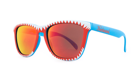 Knockaround Shark Attack II, Set