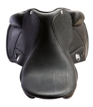 Load image into Gallery viewer, Dressage Debonaire Saddle