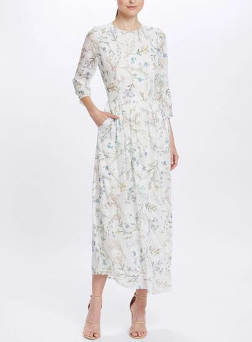 We Are Kindred Ambrosia Maxi Dress in White Blooms - Never Twice