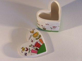 Cheering Heart Shaped Small Trinket Box