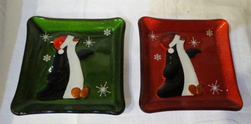 Grasslands Road Penguin Red and Green Glass Tidbit Plates # 461926