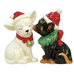 Westland Giftware Mwah Magnetic Holiday Chihuahuas Salt and Pepper Shaker Set