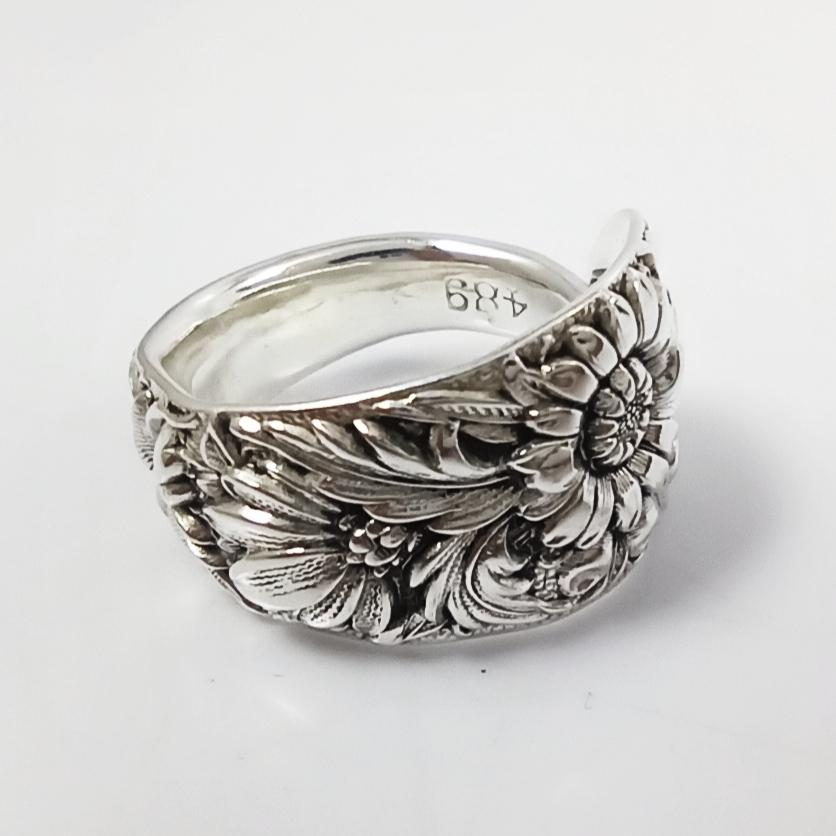 Charmtown Kirk Repousse Spoon Ring