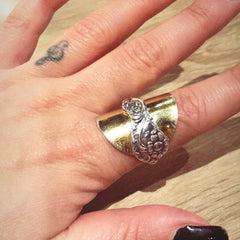 Spoon Ring worn by Jasmine Kara