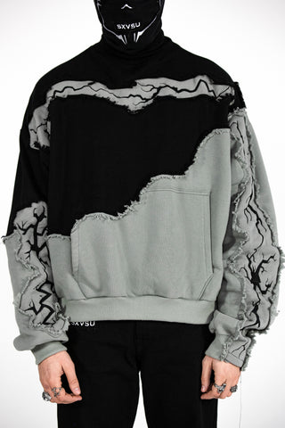 Fractured Embroidered Crewneck Shark Black