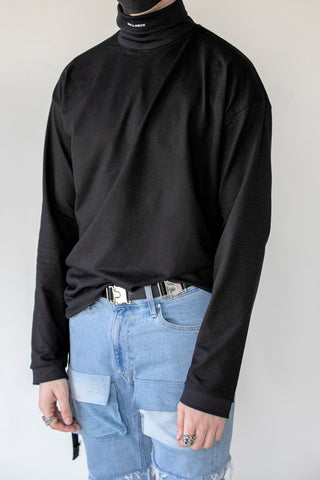 Oversized Roll-Neck