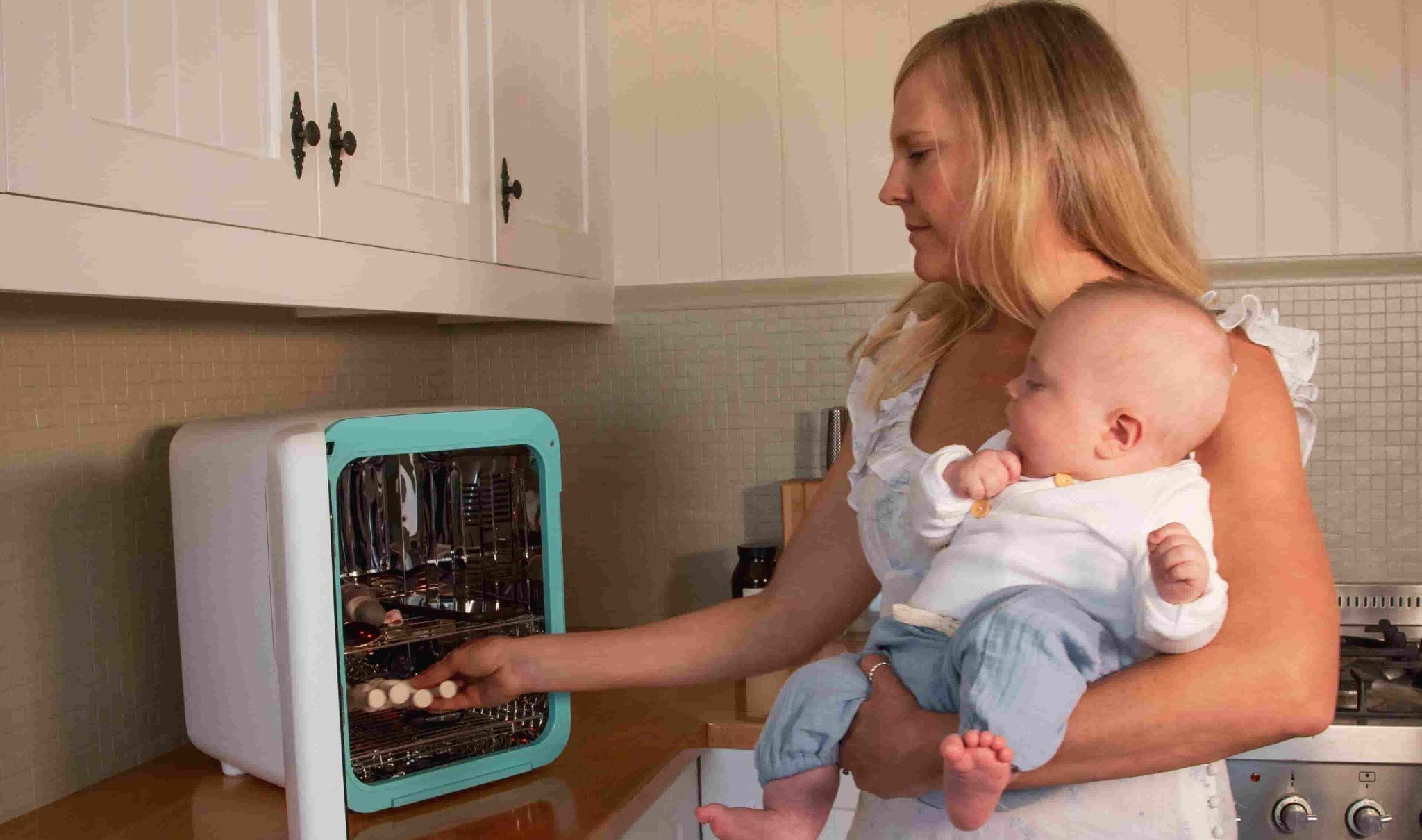 Breastfeeding & UV Steriliser Bundle