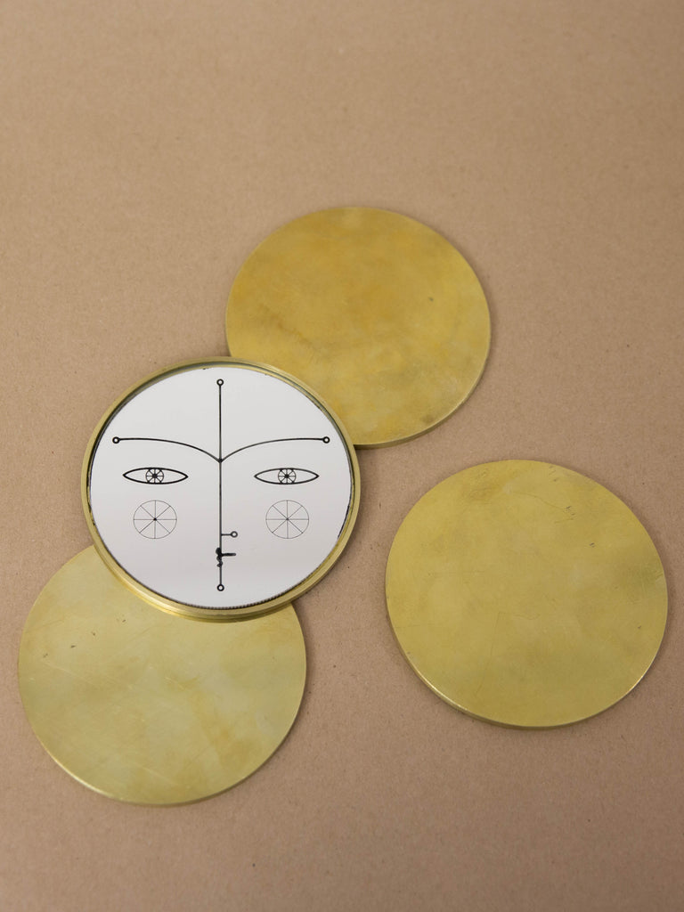 Narcissus Desktop Brass Mirror