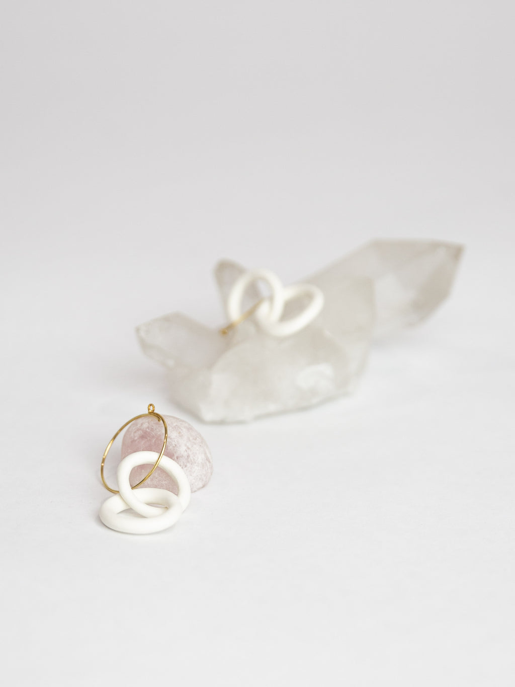 Porcelain Chain Earrings - White