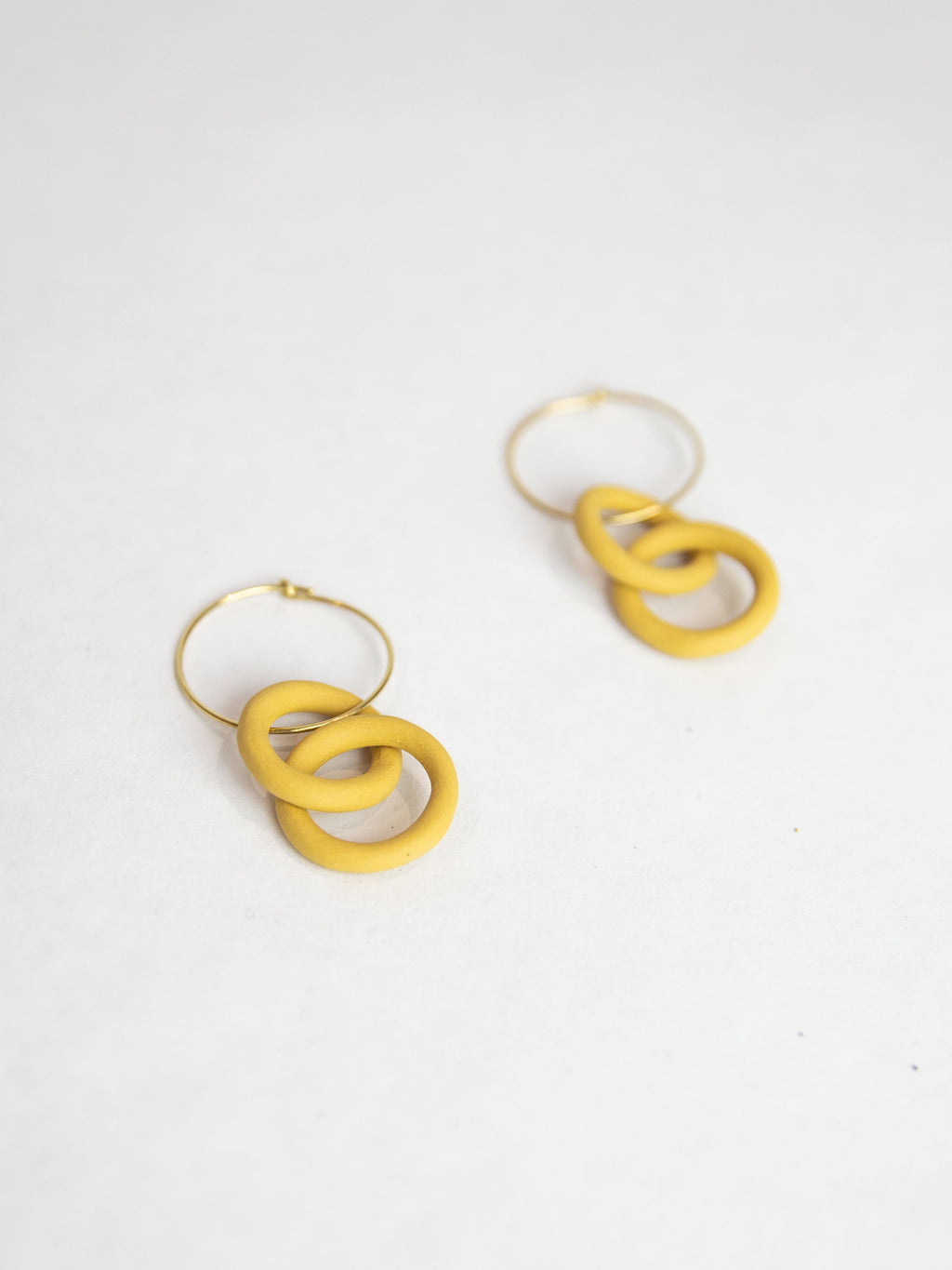 Porcelain Chain Earrings - Saffron