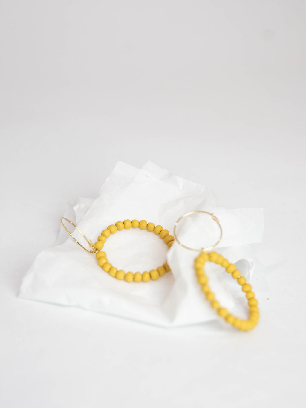 Porcelain Pearl Earrings - Saffron
