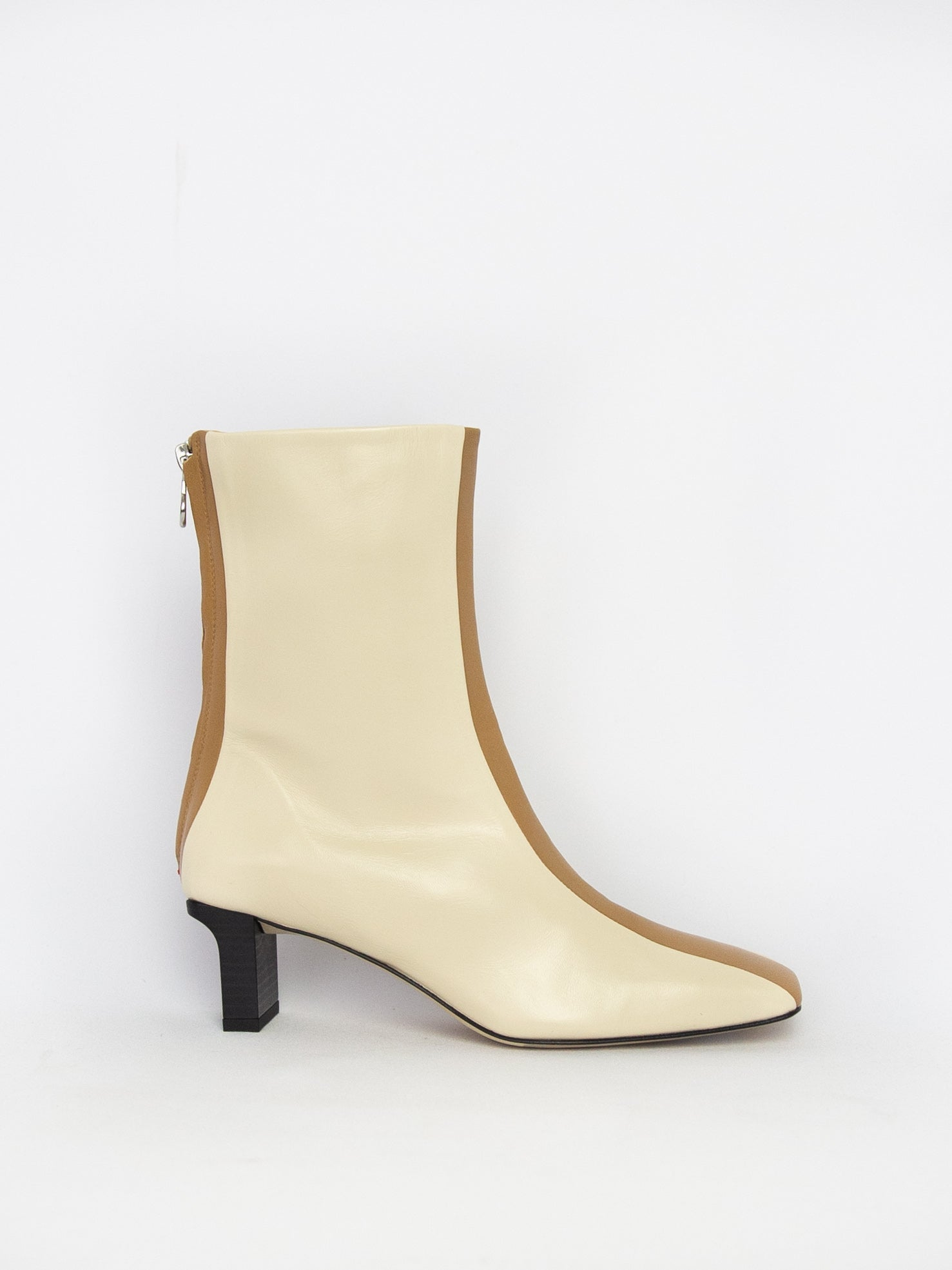 Molly Nappa Leather Boot - Creamy/Hazelnut